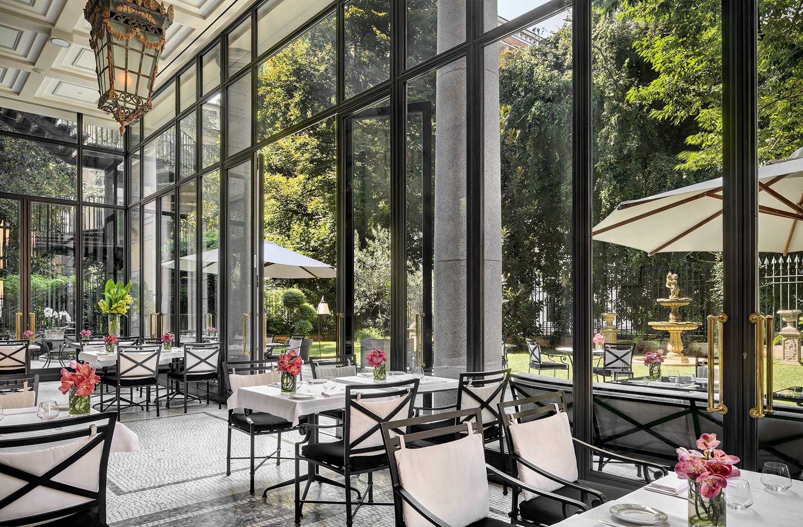 The vanderlust palazzo parigi milano for Hotel di design milano